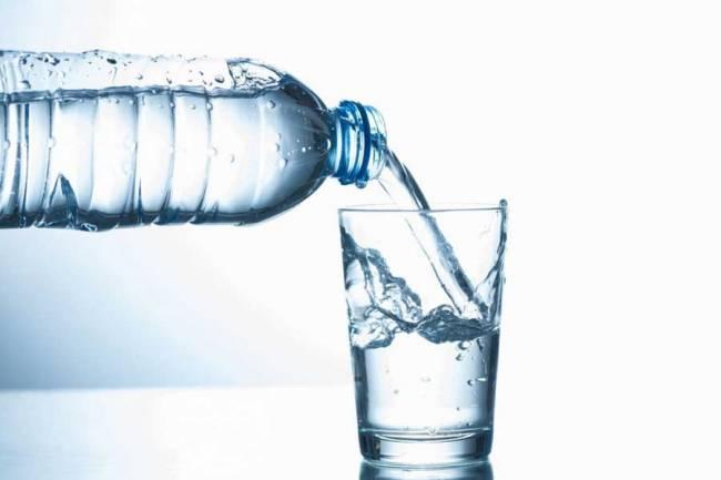 (LITERASI KELAS X) 10 Manfaat Minum Air Putih bagi Kesehatan