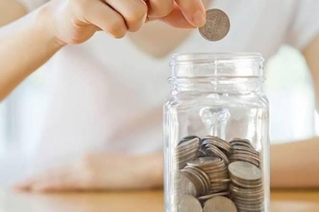(LITERASI KELAS XI) Daripada Disia-Siakan, Inilah Tips Menabung Uang Receh