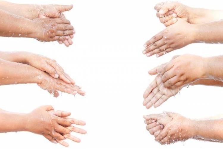 (Literasi Kelas X) Manfaat Cuci Tangan Sebelum Makan Bagi Kesehatan Tubuh