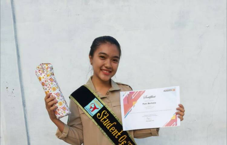 STUDENT OF THE MONTH EDISI NOVEMBER