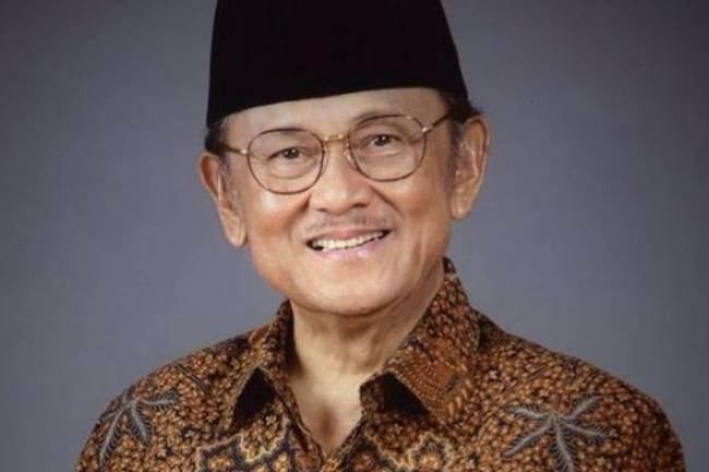 (LITERASI KELAS X-XII) Prof. Dr. Ing. Bacharudddin Jusuf Habibie