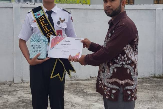Student Of The Month Edisi Desember