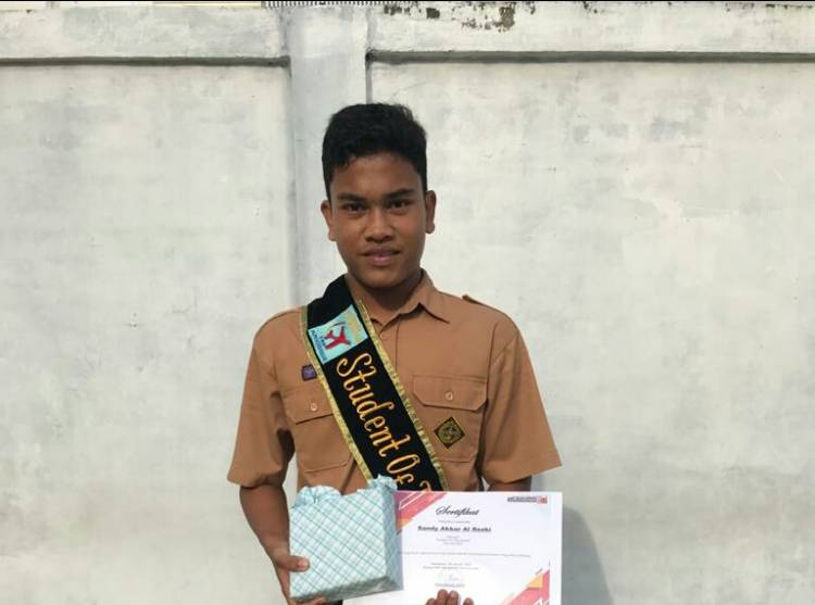 STUDENT OF THE MONTH JANUARI